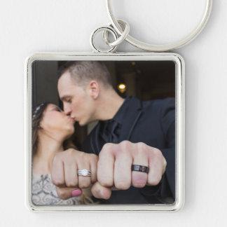 Leslie & Camerons bröllop Keychain Fyrkantig Silverfärgad Nyckelring