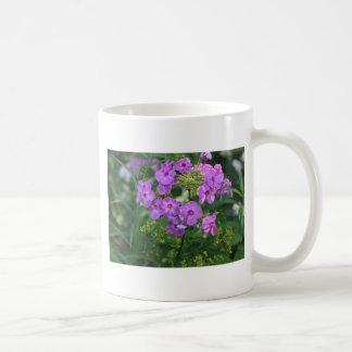 Lila blommor kaffemugg