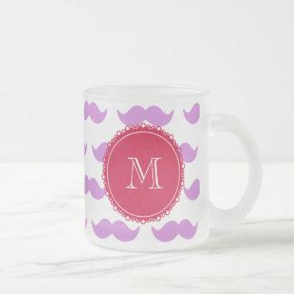 Lila mustaschmönster, röd vitMonogram Frostad Glas Mugg