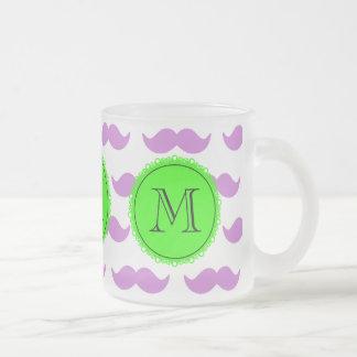 Lila mustaschmönster, svart Monogram för grönt Kaffe Muggar