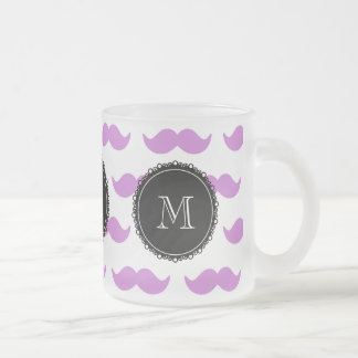 Lila mustaschmönster, svart vitMonogram Frostad Glas Mugg