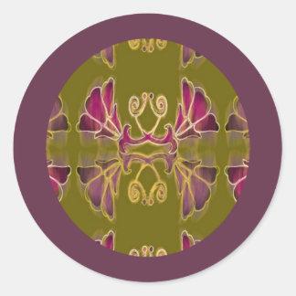 Lilablomman virvlar runt på en purpurfärgad gräns runt klistermärke