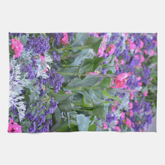 Lilja för rosa calla i vårträdgård kökshandduk
