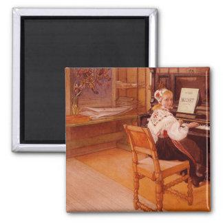 Lillanna som övar Mozart på piano Magnet