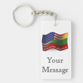Litauisk-Amerikan som vinkar flagga