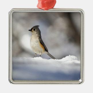 Lite fågel i snön julgransprydnad metall