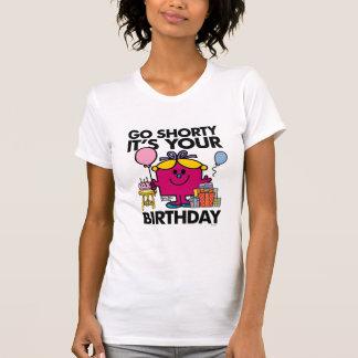 Lite går Fröcken födelsedag | Shorty version 33 T Shirts