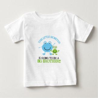 Lite gigantisk storebrorT-tröja T-shirts