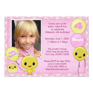 Lite gula rosor för chickfödelsedaginbjudan 12,7 x 17,8 cm inbjudningskort