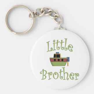 Lite gulligt fartyg för broder rund nyckelring