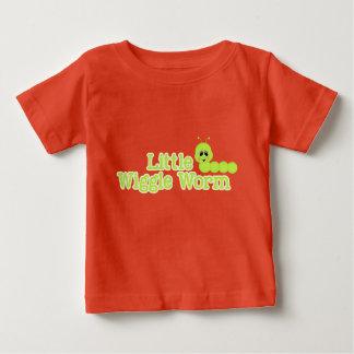 Lite Inchworm för grönt för vår för Wigglemask Tshirts