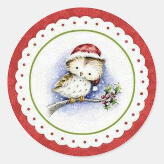 Lite uggla som ha på sig jullocket i Snowfall Runt Klistermärke