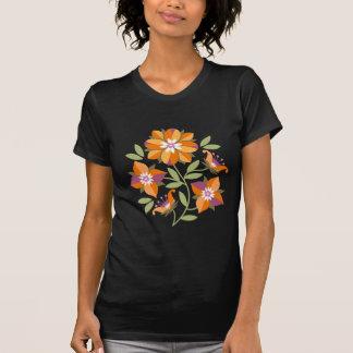 Liten och nätt t-skjorta för fem blommadamer tröjor
