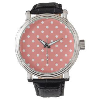 Liten polka dots - vit på korallrosor armbandsur