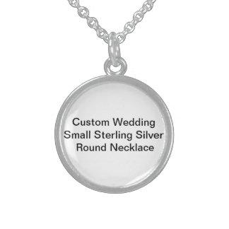Litet fullödigt SilverRound för personligt bröllp Sterling Silver Halsband