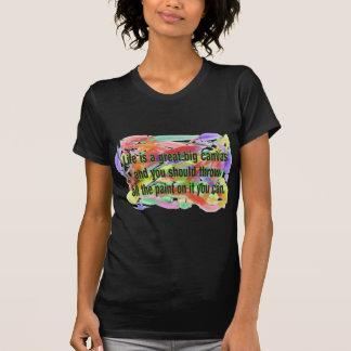 Liv är en kanfas t-shirt
