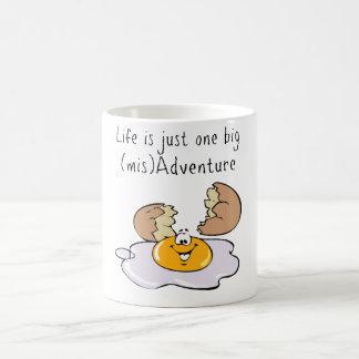 Liv är precis en stor mugg för äventyr (mis)