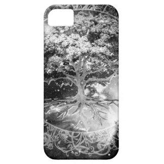 Livets trädåterställande iPhone 5 Case-Mate skydd