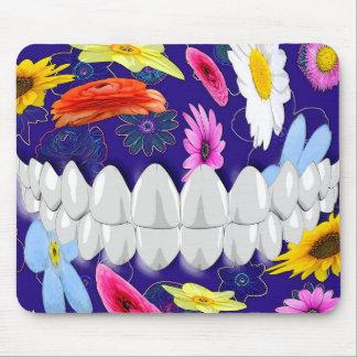 Livlig tandläkare Mousepad för vittandleende Musmatta
