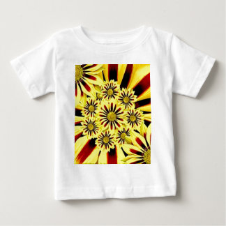 Ljus gladlynt Collage för sommargultblommigt Tee Shirts