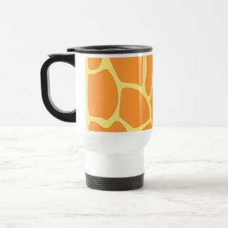 Ljus modell för orange- och gultgirafftryck resemugg
