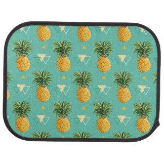 Ljusa ananas på geometriskt mönster bilmatta