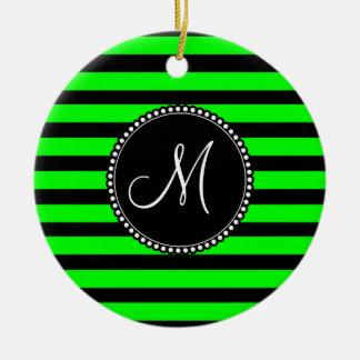 Ljusa randar för för neonlimefruktgrönt och svart julgransprydnad keramik