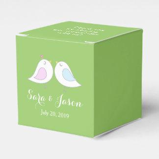 Ljust - göra grön personligbrölloptack, fåglar presentaskar