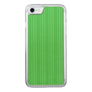 Ljust - grönt lodrätrandmönster carved iPhone 7 skal