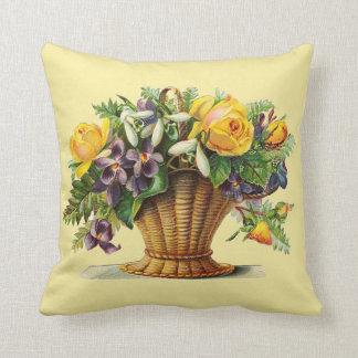 Ljust - gul dekorativ kudde