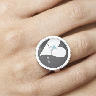 Ljust - slösa för bröllopkärlek för hjärta den fotoringar