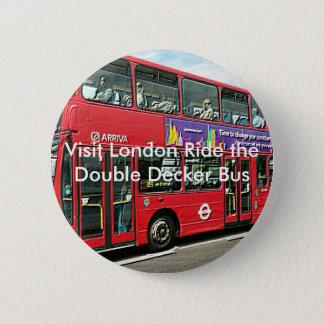 London knäppas den dubbla däckarebussen standard knapp rund 5.7 cm