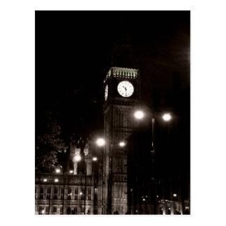 London vid natt vykort