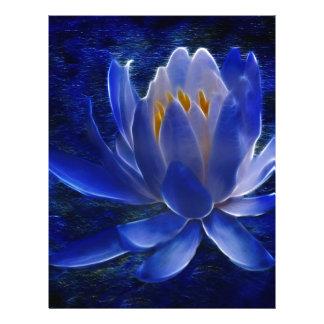 Lotusblommablomma och dess menande brevhuvud