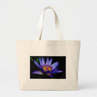 lotusblommar hänger lös jumbo tygkasse