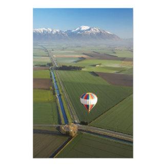 Luftballong nära Methven, Canterbury Fotografiskt Tryck