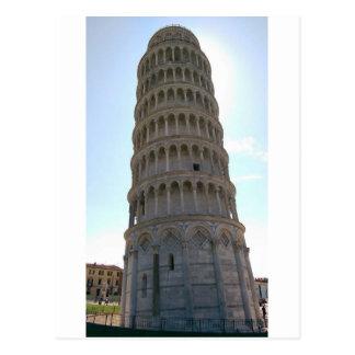 Lutande torn av den Pisa vykortet Vykort
