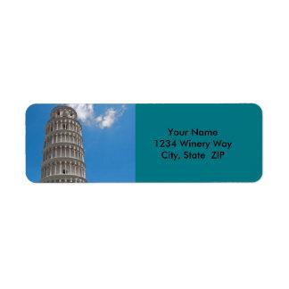 Lutande torn av Pisa i italien Returadress Etikett