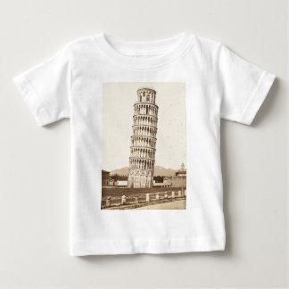 Lutande torn av Pisa T-shirts