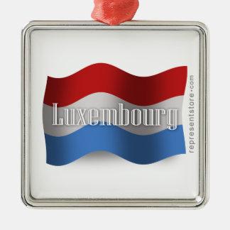 Luxembourg som vinkar flagga silverfärgad fyrkantigt julgransprydnad