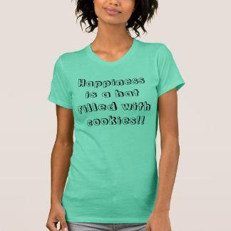 Lyckan är en hatt som fylls med kakor!! t-shirts