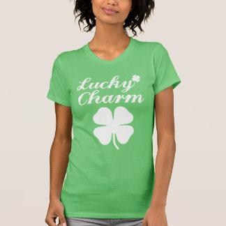 Lycklig berlockShamrockkvinna T-tröja för Ringer Tröjor