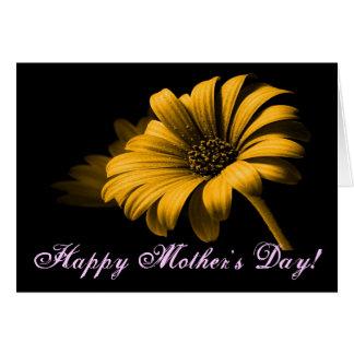 Lycklig daisy för mors dagorangegult hälsningskort
