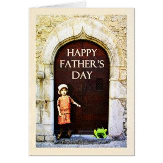 Lycklig fars dag. liten flicka och gröntgroda hälsningskort