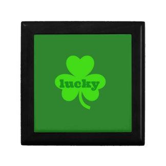 Lycklig grön Shamrock Presentskrin