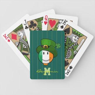 Lycklig irländsk flaggaSmiley som ha på sig en Spelkort