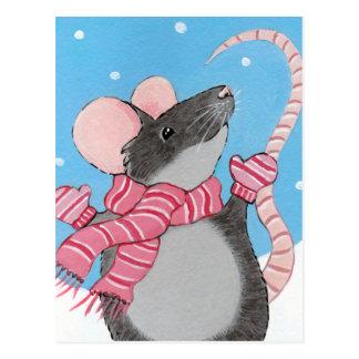 Lycklig mus i festlig vykort för snö