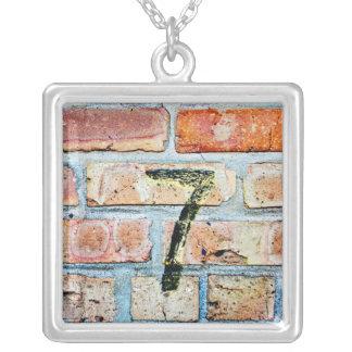 Lyckliga 7 silverpläterat halsband