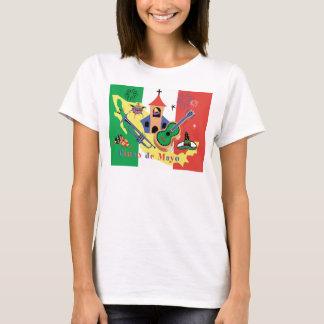 Lyckliga Cinco de Mayo damer Tee Shirts