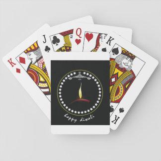 Lyckliga Diwali som leker kort Spelkort